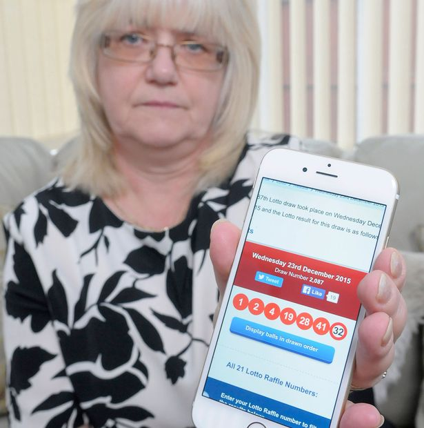 Unlucky couple misses out on £35 million lottery because of glitch in app