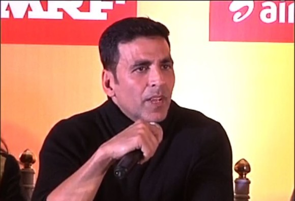 Akshay Kumar comment on star