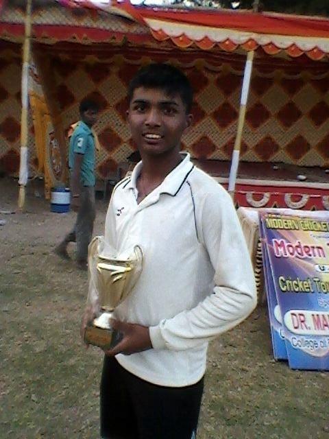 World Record: schoolboy Pranav Dhanawade completes 1000 runs in single innings