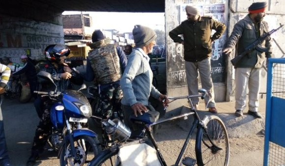 Pathankot : Local People give money to enter in Air Force Area