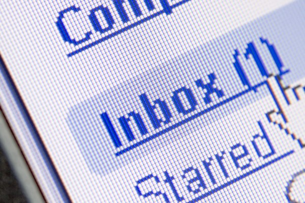 Switching off email updates may reduce stress: study