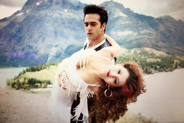 Alberta: Urvashi Rautela, Pulkit Samrat shoot for 'Sanam Re'