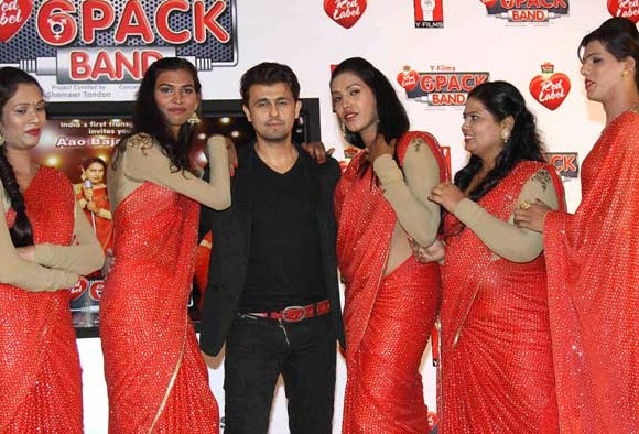 Sonu Nigam launches India's first transgender band