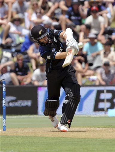 Colin Munro, Martin Guptill Blitz Take New Zealand to Crushing Win Over Sri Lanka