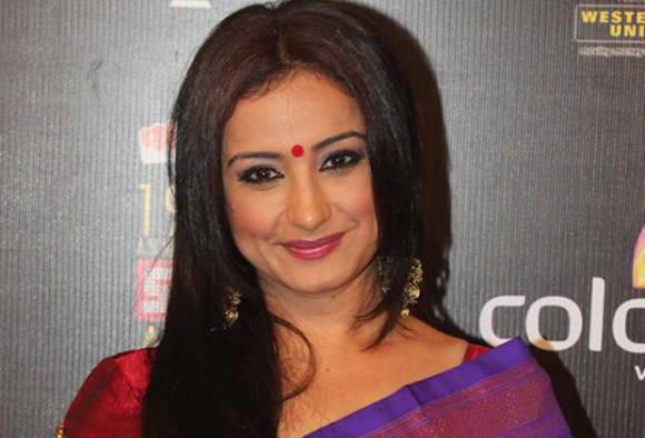 Actress Divya Dutta's mother passes away
