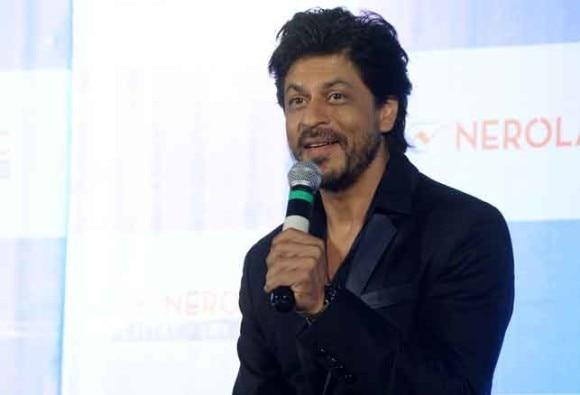 Leave me out of Incredible India ambassador debate: Shah Rukh Khan