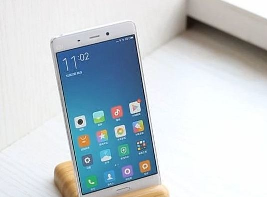 XIAOMI MI5 ITS FIRST CURVED GLASS DISPLAY