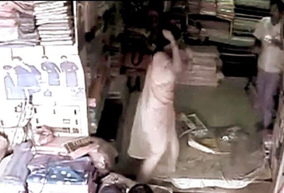 Another Video : Wife beats Husband with Iron Rod