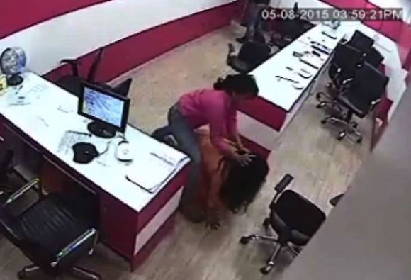 Lady Bouncer beats woman in Delhi