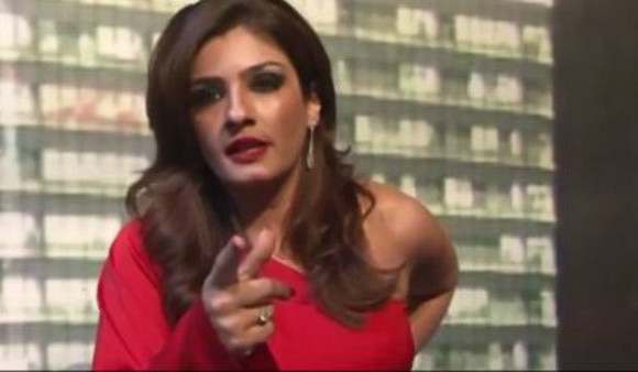 Video: When Raveena Tandon was caught ABUSING on camera