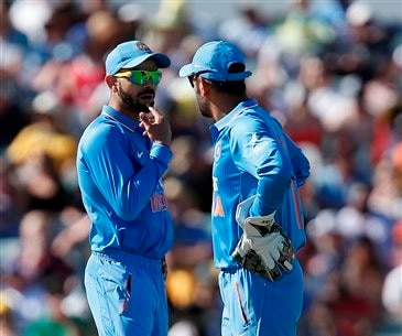 Dhoni admits 300-plus totals not enough with India's bowling
