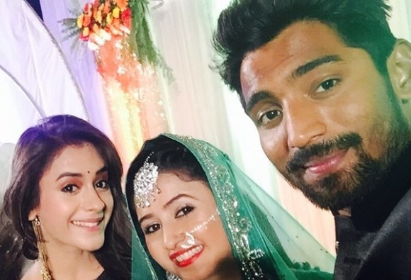 This TV actress gets married to co-actor!