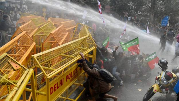 160118150440_students_protest_rohit_vemula_suicide_640x360_pti_nocredit