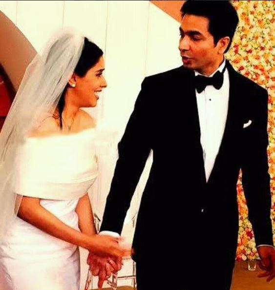 Asin marries Rahul Sharma; see their pic