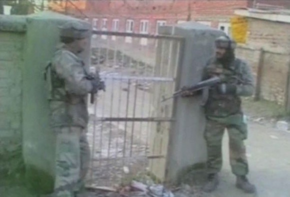 Jammu and Kashmir: Encounter on between security forces and terrorists in Pulwama