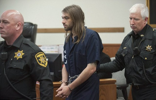 Father accused of killing his 3 year old son because his teenage girlfriend didn't like children