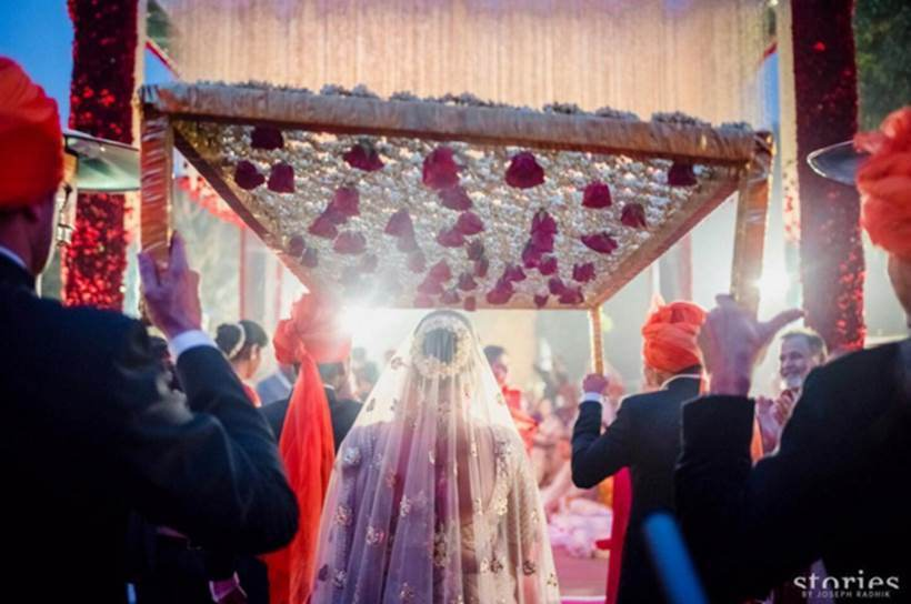 New Pictures Of Asin And Rahul Sharma's Wedding