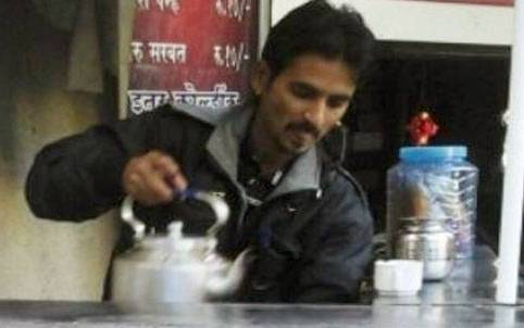 """Tea seller who became CA is brand ambassador Maharashtra government's """"earn and learn"""" scheme"""