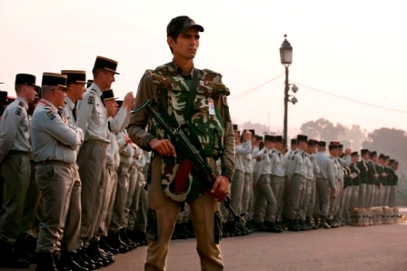 French soldiers become first foreign military contingent at R-day parade