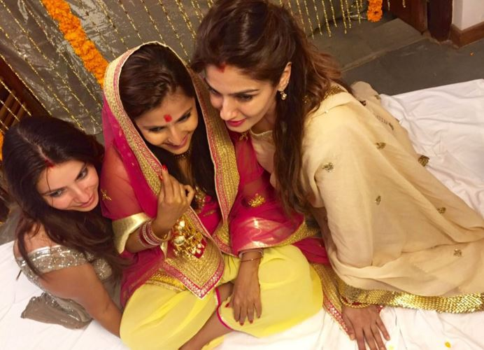 raveena tondon shares daughter's wedding pictures