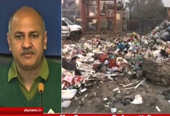 MCD workers dump garbage outside Sisodia's house