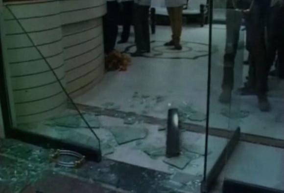 Maharashtra : MIM supporter create ruckus at Solapur