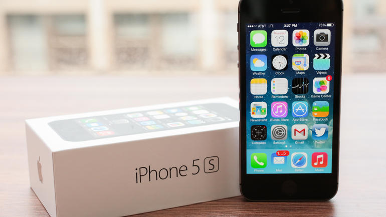 iphone users can replace broken phone for new ones