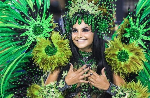 Thousands of samba dancers in tiny costumes ignore Zika threat to celebrate carnival in Brazil