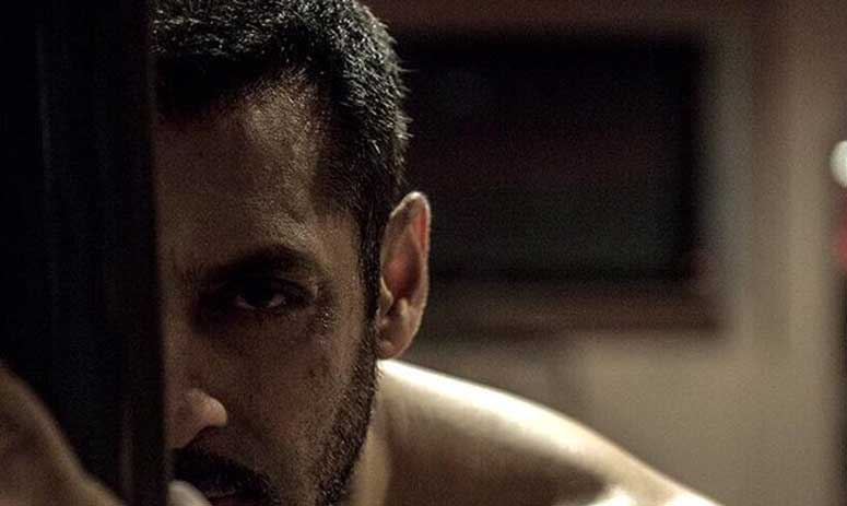 Salman Khan shares another picture of his clean-shaven look from Sultan