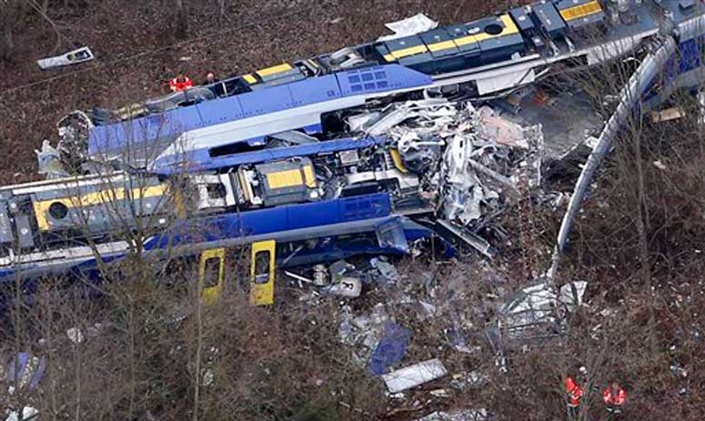 Germany train crash: Death toll rises to 10, several injured