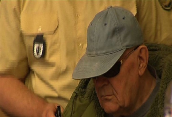 Ex-SS Guard on trial to Punish Nazi Crimes