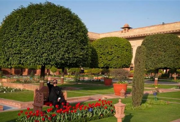 mughal garden opens for public from today