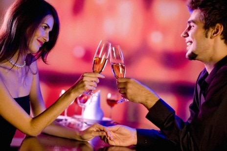 Romantic dinners, helicopter rides popular V-day date choices
