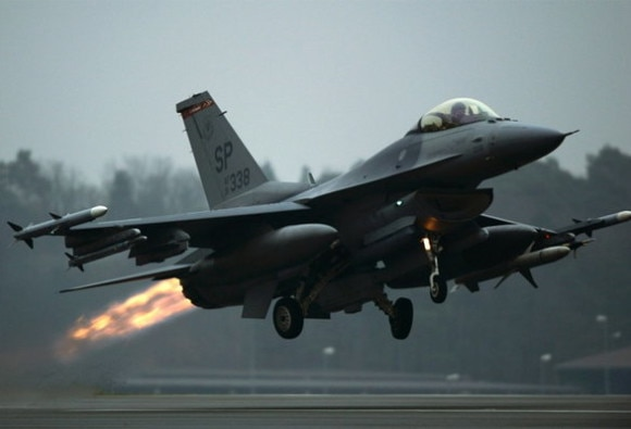 us  sale of  f 16 fighter jets to pakistan india to convey displeasure