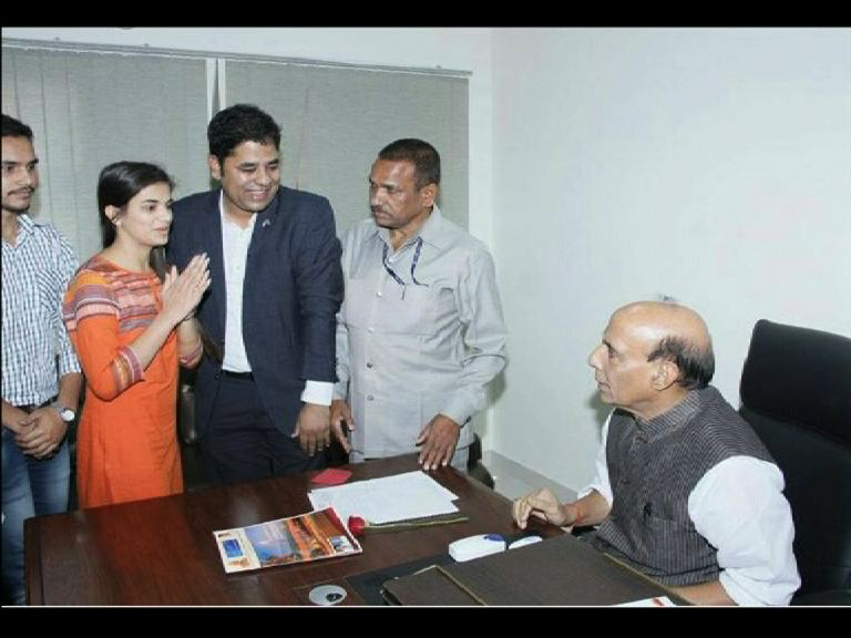 vikram chauhan have links with top bjp leaders