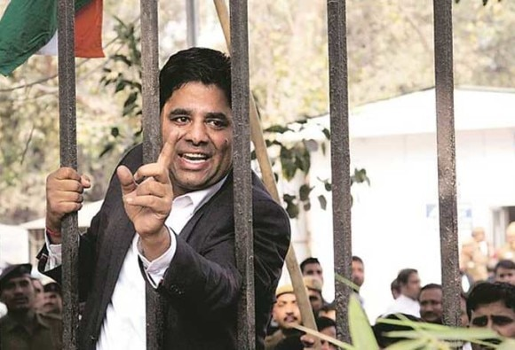 How lawyer Vikram Singh Chauhan who led both assaults at Patiala court sought support on Facebook to 'teach traitors a lesson'