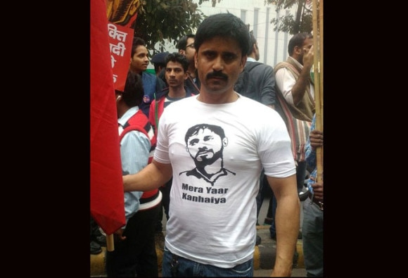 JNU students hold protest march, sell 'Mera Yaar Kanhaiya' t-shirts
