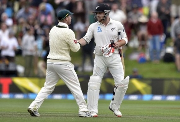 Brendon McCullum plays final innings on day three in Christchurch; Black Caps still trail