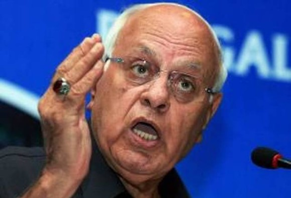 india cant keep kashmir if muslims viewed with suspicion says farooq-abdullah