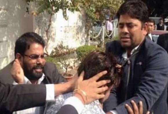 Supreme Court Notice To Lawyers, Police Over JNU Hearing Violence