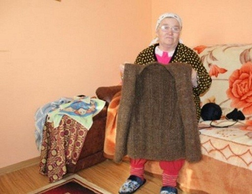 Romanian woman knits vest from her own hair saved for 20 years