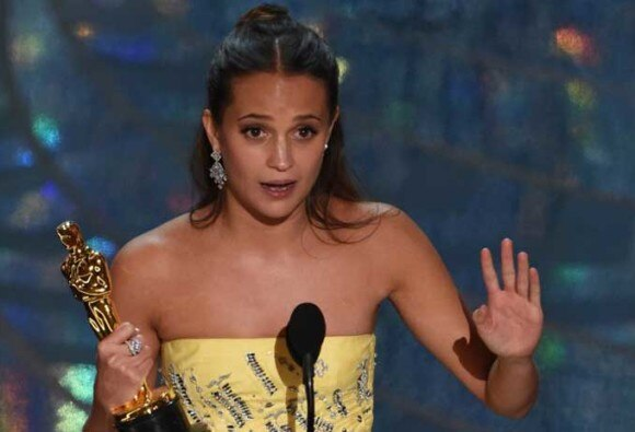 OSCAR 2016: Alicia Vikander has won Best Supporting Actress for her role in 'The Danish Girl'