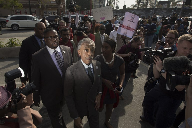 The Rev. Al Sharpton arrives to lead a rally in protest to the all-white slate of Oscar nominees and lack of diversity in the industry near the 88th Annual Academy Awards at Hollywood & Highland Center, February 28, 2016 in Hollywood, California.  / AFP / David McNew
