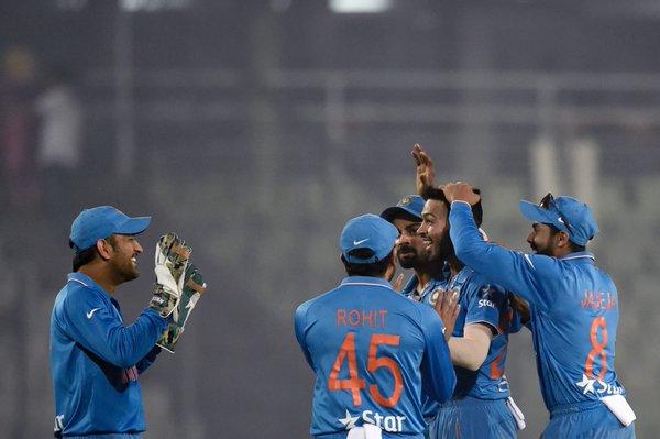 India beat Sri Lanka by 5 wickets