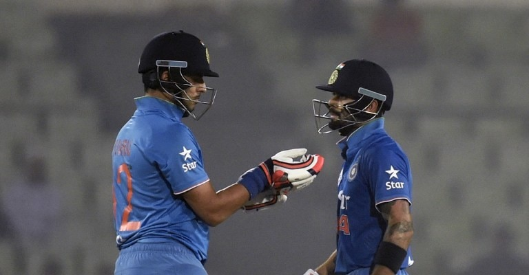 MS Dhoni reached another milestone with this 'six' against Sri Lanka
