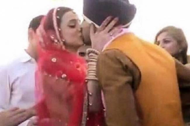 Sanaya-Mohit's HONEYMOON pictures go Viral on social media