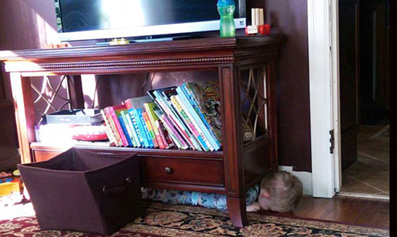 kids break all the boundaries while paying hide and seek