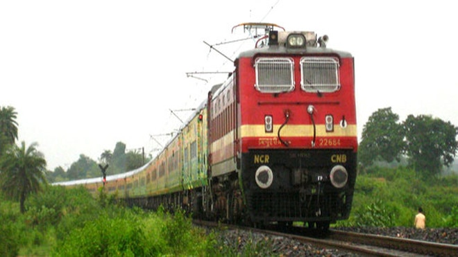 special train on holi festival