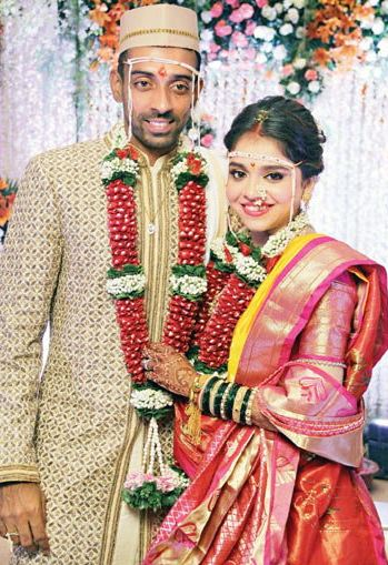 Robin Uthappa and Dhawal Kulkarni get married