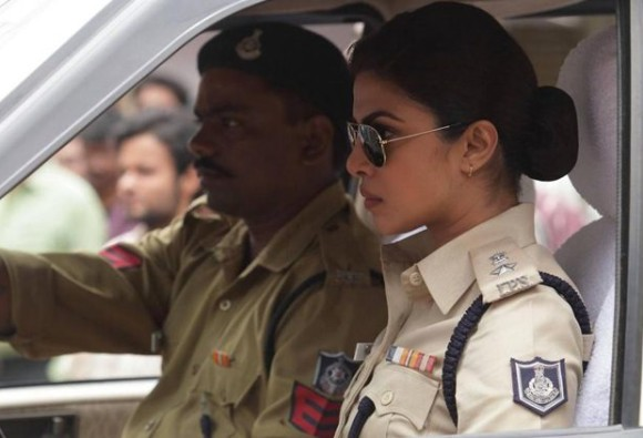 Prakash Jha gets irritated with questions on 'Jai Gangaajal' promotions, Priyanka Chopra
